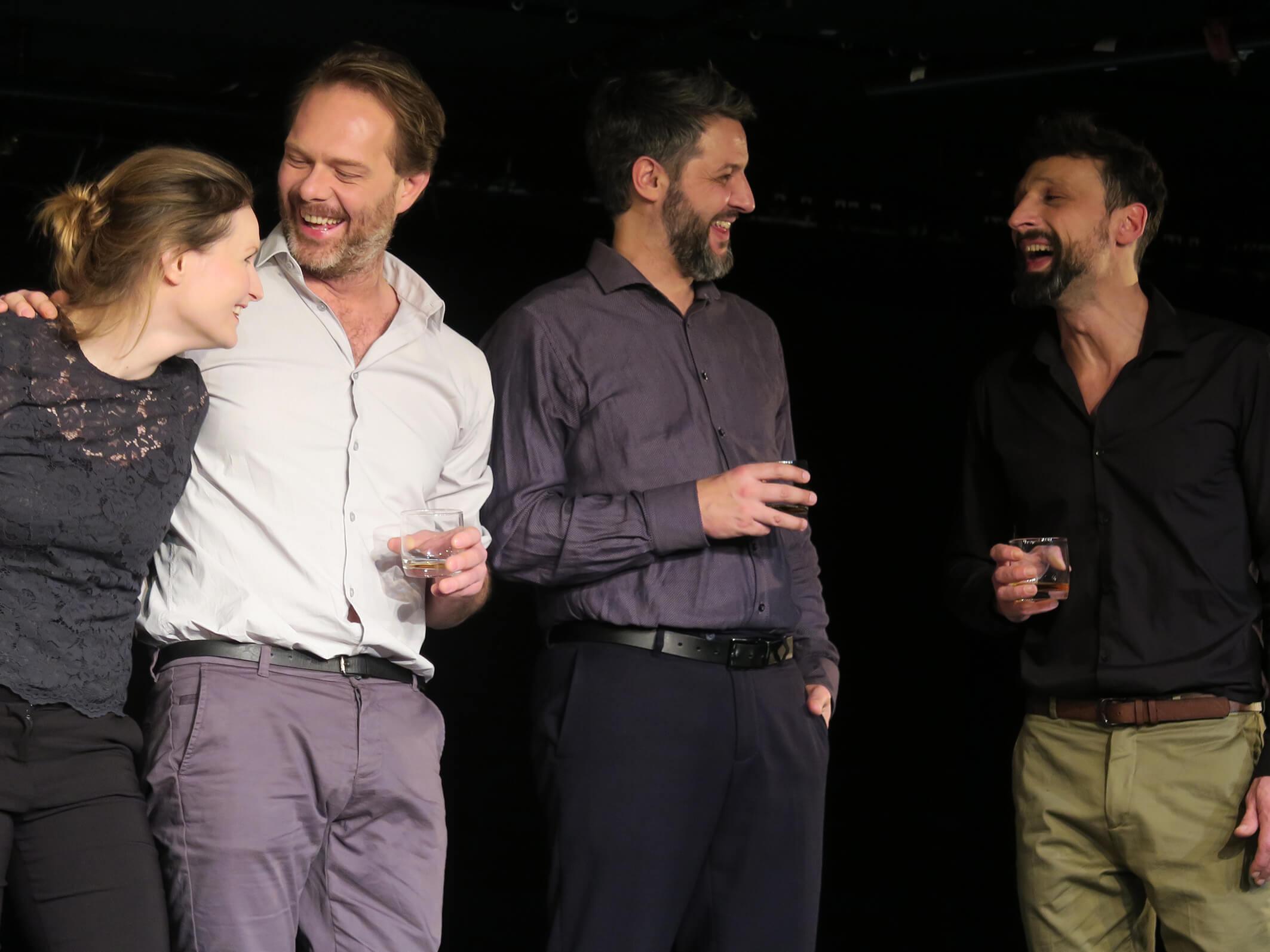 Das lange Nachspiel einer kurzen Mitteilung von Magne van den Berg Theater unterm Dach Berlin und Monsun Theater Hamburg