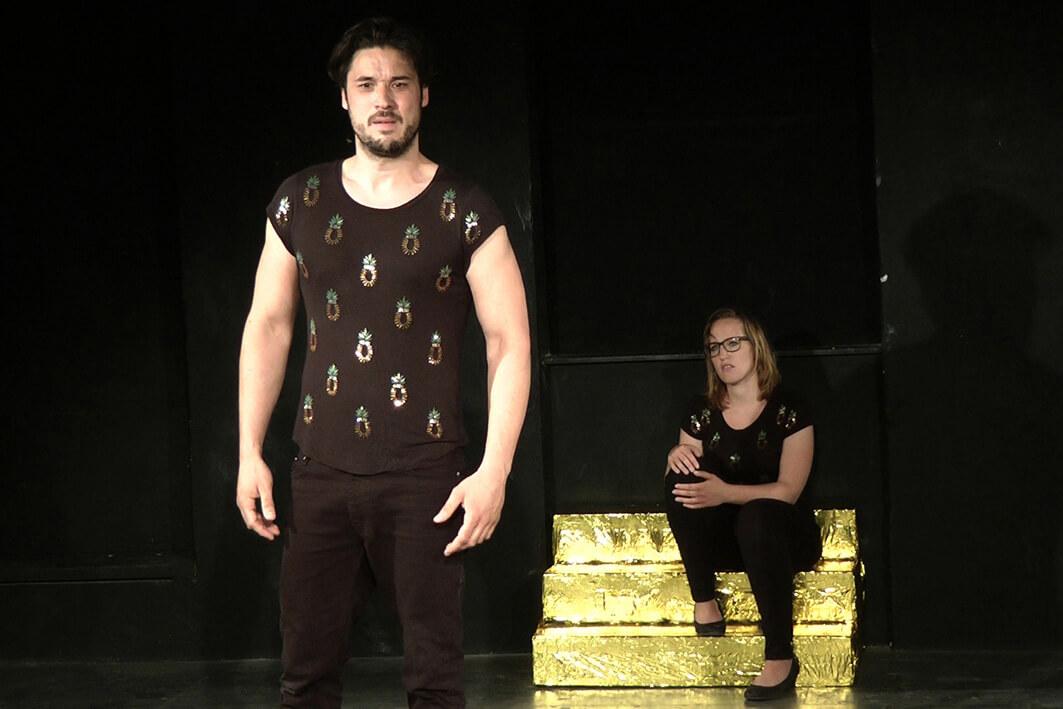 Stripped bis auf die Haut von Stephen Clark ACUD Theater Berlin
